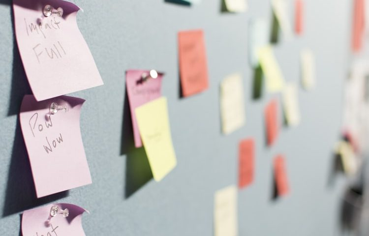 sticky notes on wall, quarterly plan, personal assistant, professional organizer, run errands, companion visits